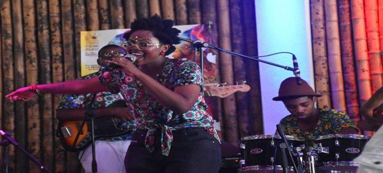 La chirimía hizo vibrar en Quibdó la clasificación zonal del Festival de Música del Pacífico Petronio Álvarez