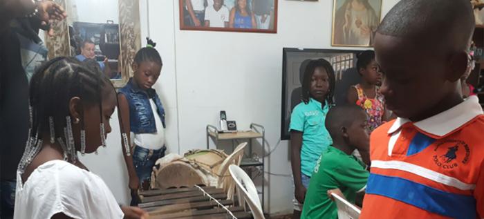 El grupo de niños Brisas del Cauca, quiere lucirse en El Petronito
