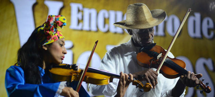 Festival Petronio Álvarez se viste de blanco