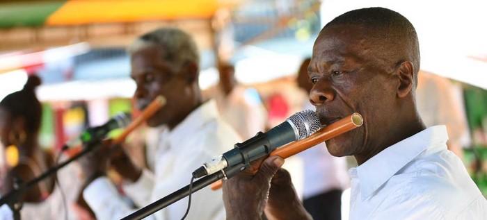 En intensa travesía por el río Napi, Fajardo Hinestrosa llegó a Timbiquí cargado de sueños