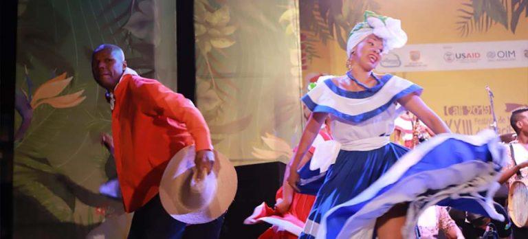 Con lleno en el Coliseo El Pueblo 'Mano e´ Currulao' abrió el XXIII Festival de Música del Pacífico Petronio Álvarez