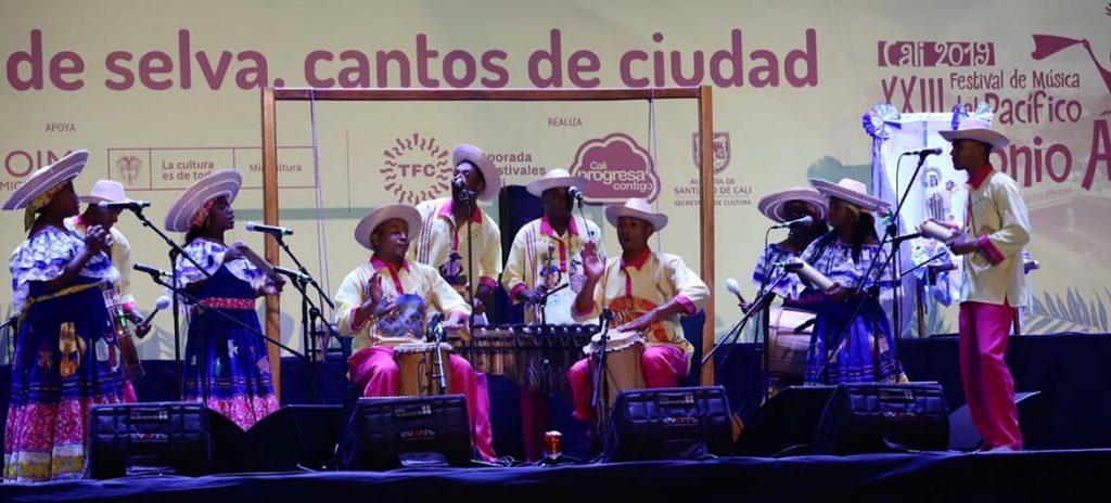 Doce agrupaciones sueñan con el Bombo Golpeador y ser los embajadores de la música del Pacífico colombiano
