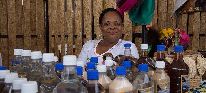 El viche, más que una bebida es patrimonio ancestral afro
